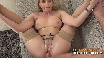 Sexo explicito com a loira magra e gata
