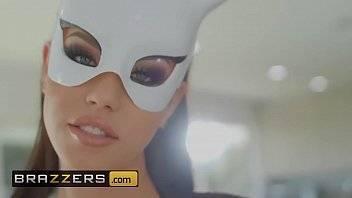 Xvideos top transando com uma morena com fantasia de gatinha